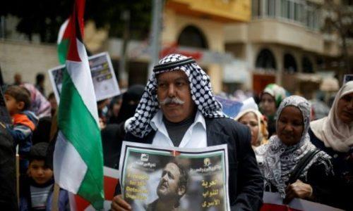 Israël: plus de 1.000 Palestiniens détenus en grève de la faim.
