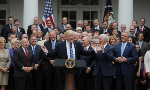 États-Unis : la Chambre des représentants adopte le projet d'abrogation de l'Obamacare.