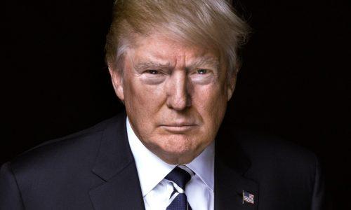 Le décret migratoire de Trump remis partiellement en vigueur par la Cour suprême.
