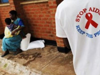 Au Cameroun, un dépistage plus rapide du VIH chez les enfants