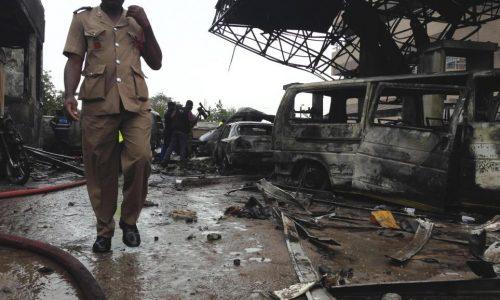 Ghana: un incendie et des explosions dans deux stations-service d'Accra