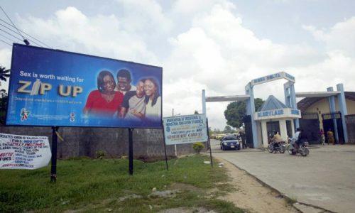 Nigeria: le business des «faiseurs de miracles» contre le sida