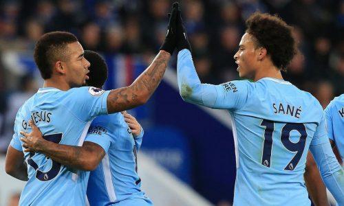 10e succès de suite pour Manchester City, Man U régale