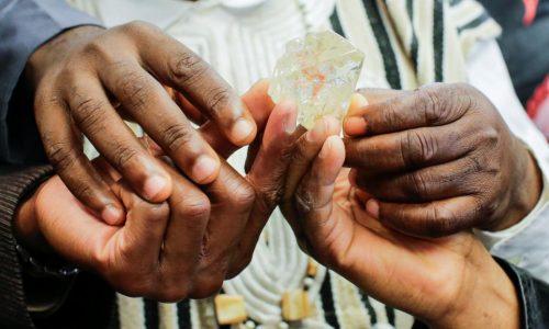Sierra Leone: un «diamant de la paix» aux enchères à New York
