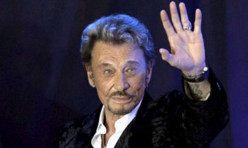 Johnny Hallyday: la presse internationale rend hommage au «Elvis français»