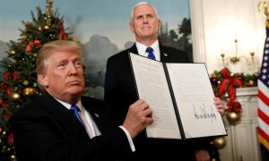 Trump fait fi des mises en garde et reconnaît Jérusalem comme capitale d'Israël