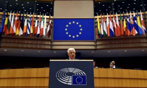 En froid avec les Américains, Mahmoud Abbas cherche l'appui européen