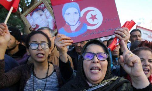 Tunisie: derrière la grogne, des espoirs déçus et un pouvoir d'achat en berne
