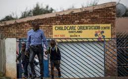 Listériose en Afrique du Sud: une autre marque de saucisses retirée du marché