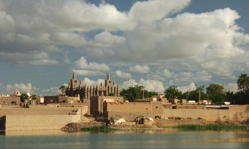 Dans le centre du Mali, les civils souvent «victimes collatérales»