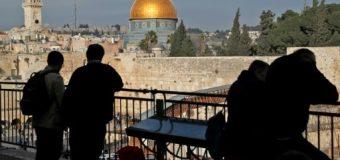 Israël adopte une loi visant à compliquer le partage de Jérusalem.