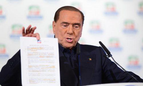 Italie: Berlusconi, leader inéligible d'une coalition favorite des législatives