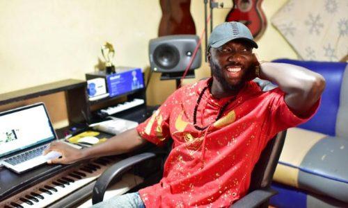 Sierra-Leone: la «pop star du peuple», bête noire des autorités
