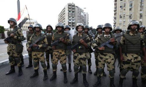L'Egypte, sous la férule de l'armée depuis des décennies