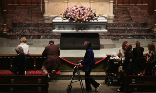 Etats-Unis: Dernier hommage à Barbara Bush à Houston