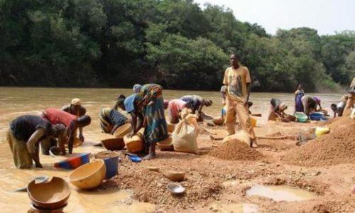 Tensions entre Camerounais et Chinois sur l'exploitation industrielle de l'or